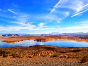 Enjoy a photo stop at lake Powell on our 3 day National Parks Tour from Las Vegas