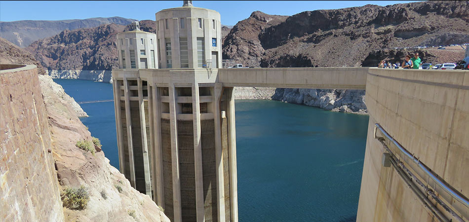 Hoover Dam Lake Mead Overlook with People