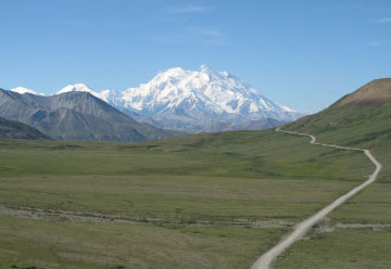 Alaskan road leading to Denali